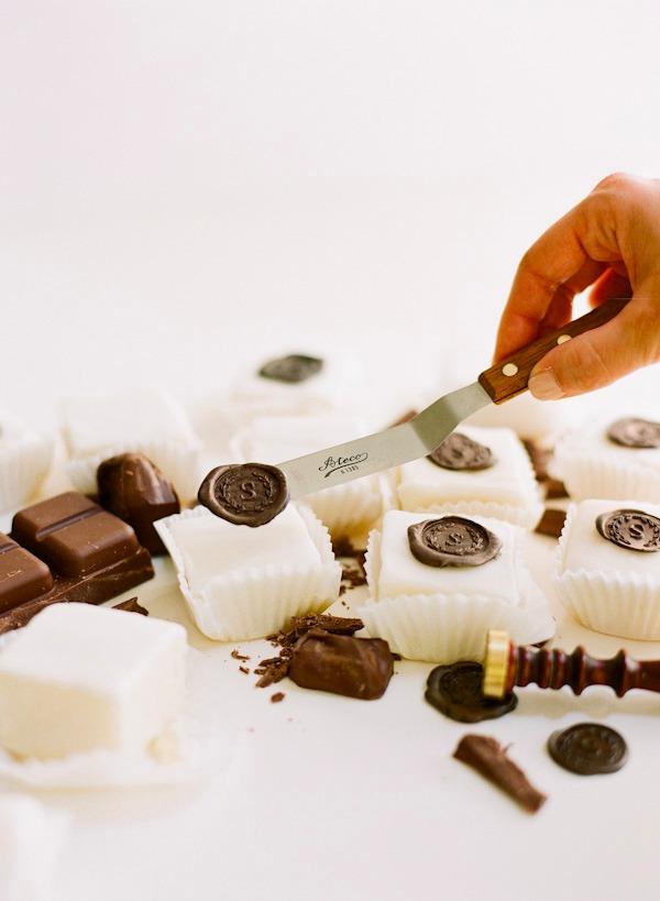 chocolate-wax-seal-2